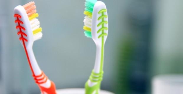 juntar-as-escovas-de-dente